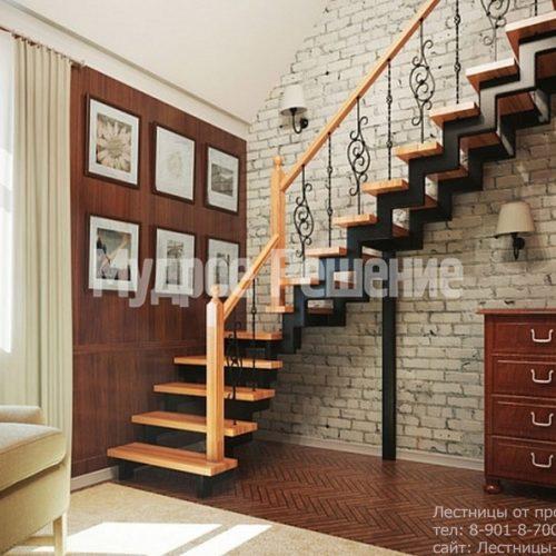 Металлическая лестница на заказ с ковкой