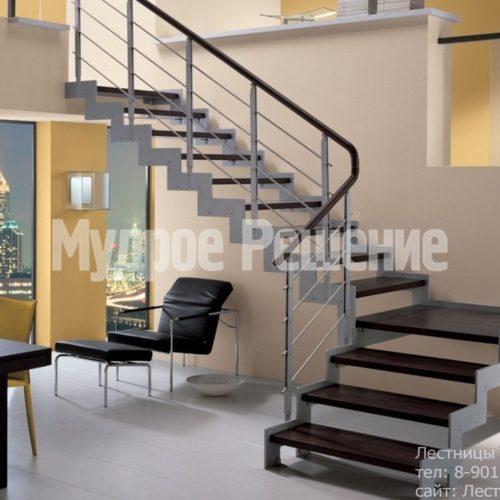 Открытая лестница на металлокаркасе 1