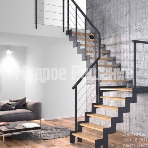 Контрастная металлическая лестница на заказ