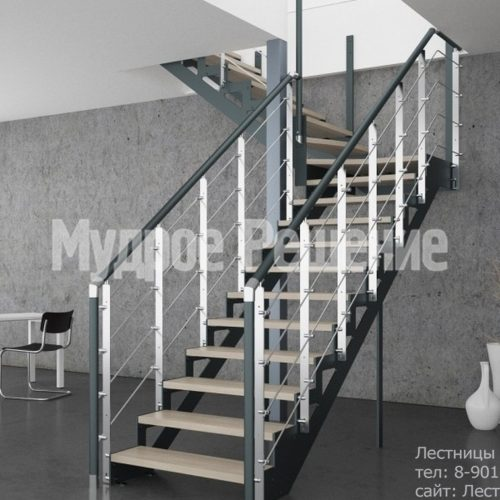 Темная лестница на металлокаркасе на заказ