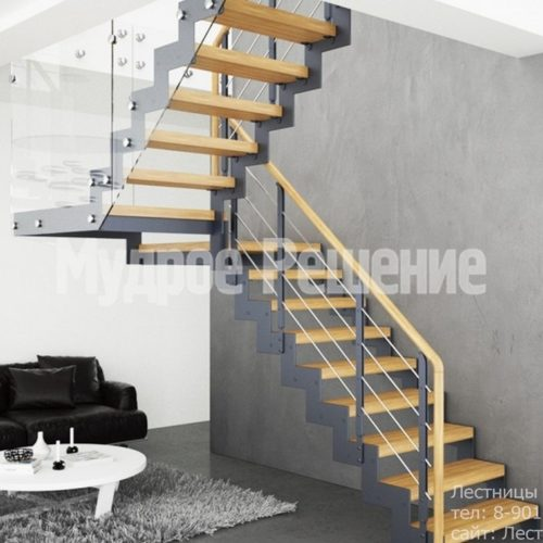 Лестница на металлокаркасе П образная 5