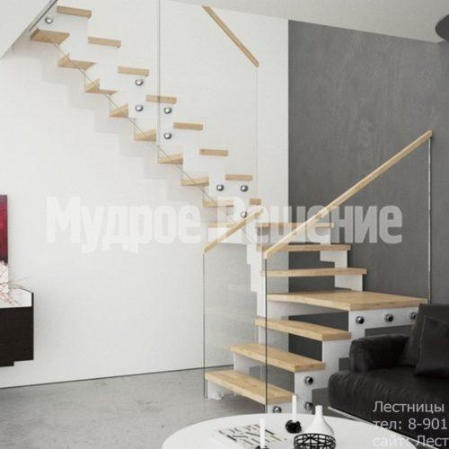Светлая лестница на металлокаркасе 1