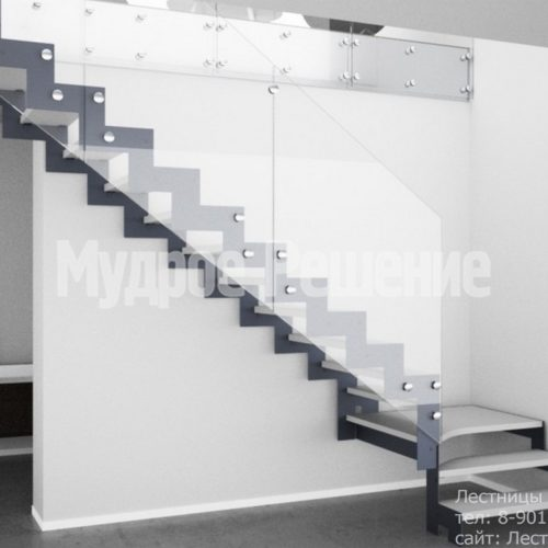 Г образная лестница на металлокаркасе