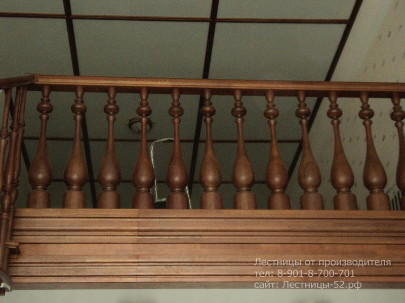 Фото деревянной лестницы в Выксе